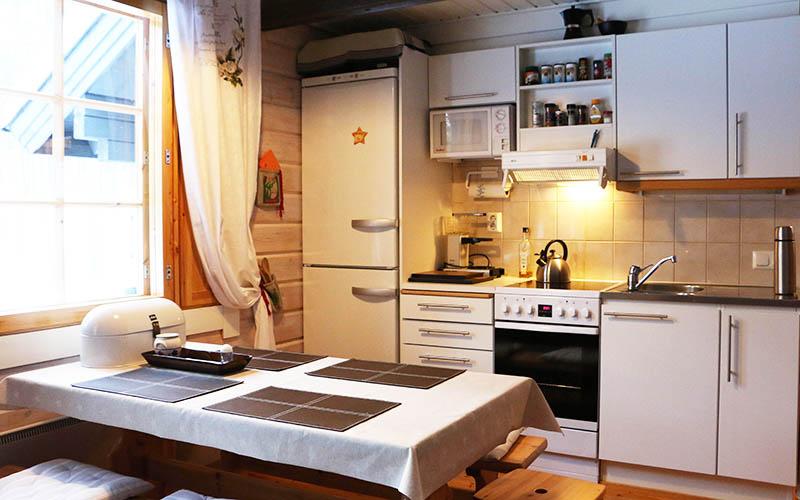 mökki Suomutunturilla keittiö